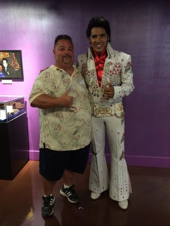 Rock-A-Hula: Elvis still going