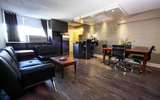 Hotel Espresso Montreal Centre-Ville/Downtown: Executive Suite Living-room 742