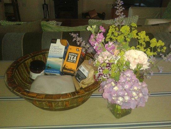 Restormel Manor & Cottages: Welcome Basket