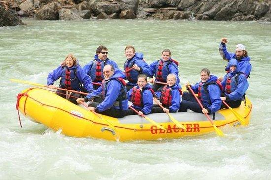 Glacier Raft Company : Raft Trip with Guide Jesse