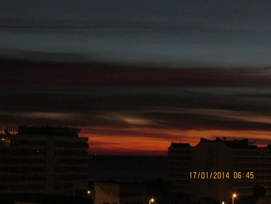 Tej Marhaba Hotel : Sunrise from Room