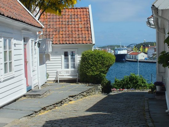 Old Stavanger: Harbour view from old town