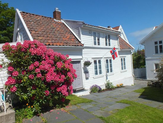 Old Stavanger: Typical house in old town