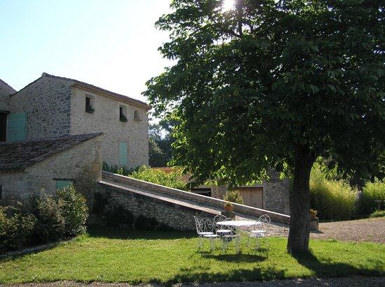 La Baou et le pont romain Picture of Le Mas de La Baou Cereste