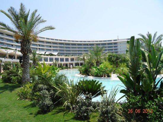 Maxx Royal Belek Golf Resort: Vue de la picine