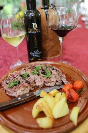 Villa Taticchi : steak with oil