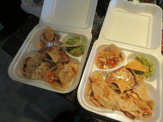 Misiones De Kino: fish and shrimp tacos