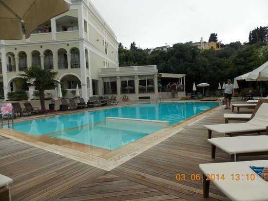 Corfu Mare Boutique Hotel: Pool, looking towards bar/dining room