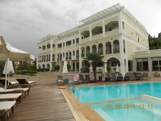 Corfu Mare Boutique Hotel: View from the pool