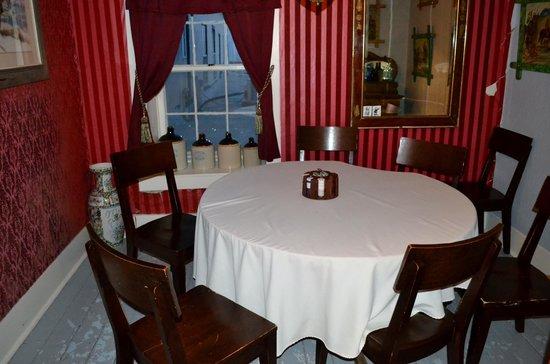 Express St. James Hotel: Upstair Poker Room