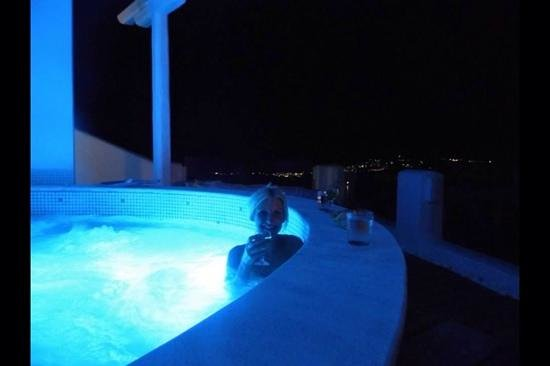 Athermi Suites: athermi suite outside jacuzzi