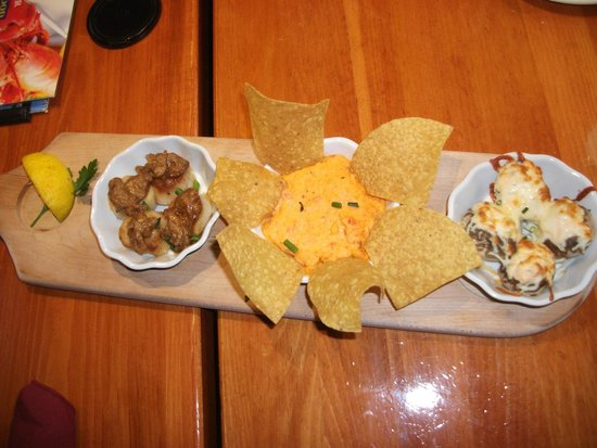 Old Fish Factory Restaurant: Seafood trio
