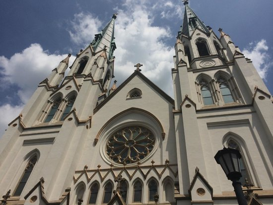 Old Town Trolley Tours of Savannah : The Cathedral of St. John the Baptist