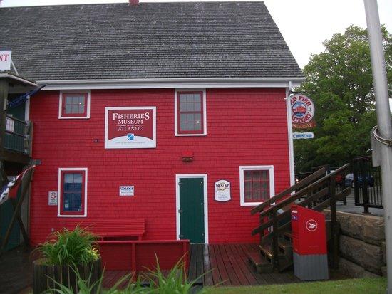 Old Fish Factory Restaurant: Facade
