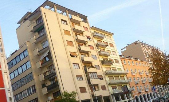 Aurora Hotel: Новые дома в Местре.