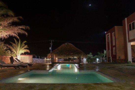 Posada Paraiso: después de un dia de playa a la piscina