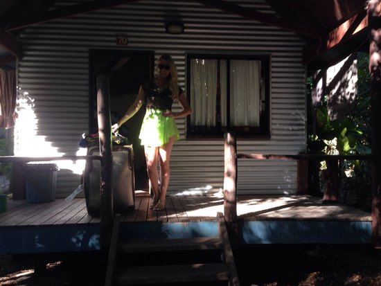 Magnums Backpackers: The cabin