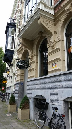 Boutique Hotel View: Entrance