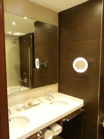 Radisson Blu Resort, Malta St Julian's: Bath