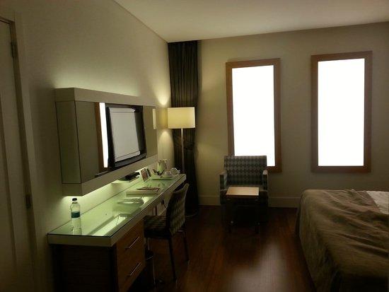 TAV Airport Hotel: Windowless (but not dark) room