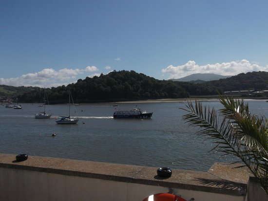 The Quay Hotel & Spa: View from hotel terrace of estuary and pleasure boat