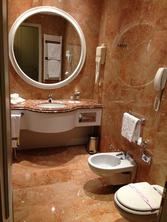 Abano Grand Hotel: Bathroom