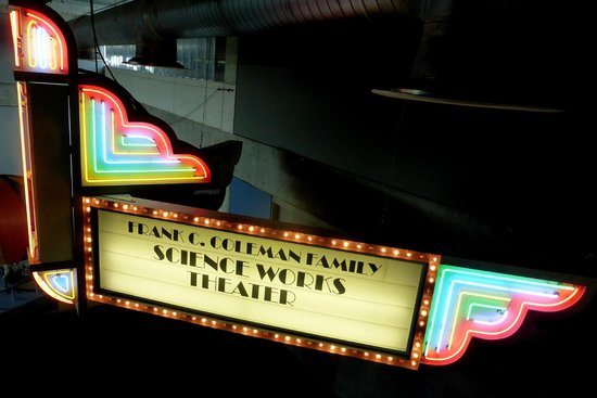 Museum of Science and Industry: 3D Theater