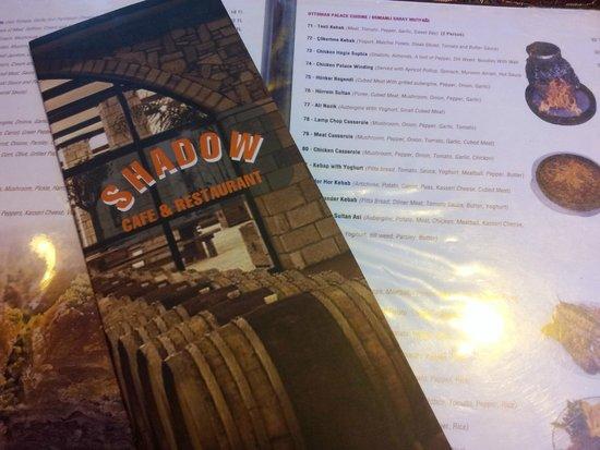 Shadow Cafe & Restaurant : Carte variée, prix très modiques