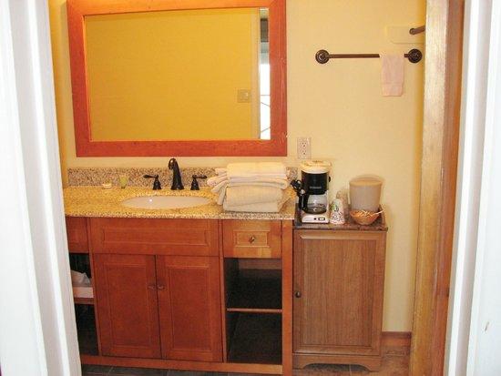 Yosemite Gateway Motel: new bathroom
