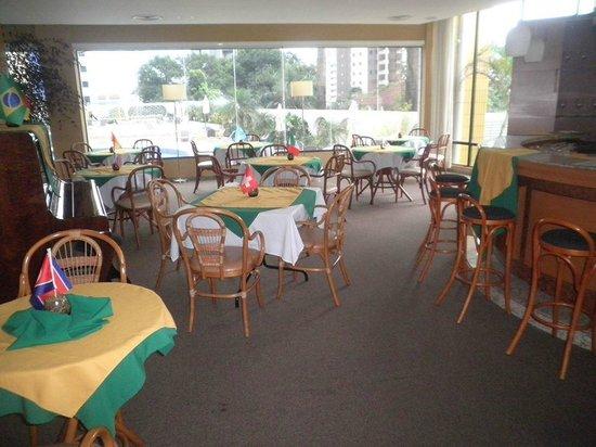 Continental Inn Hotel: restaurante