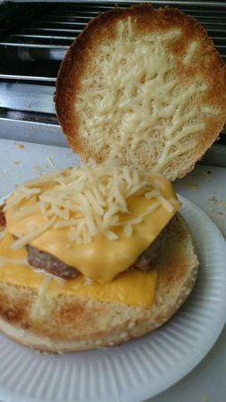 The Cheese Steak House: Extra cheese