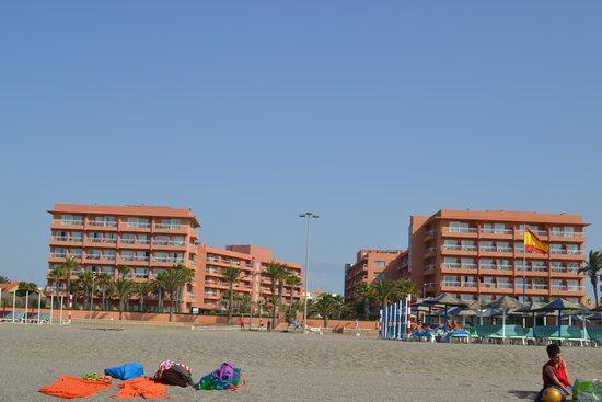 Playaluna Hotel : vista del hotel desde la playa