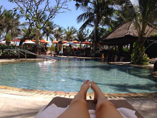 Legian Beach Hotel: Lagoon pool