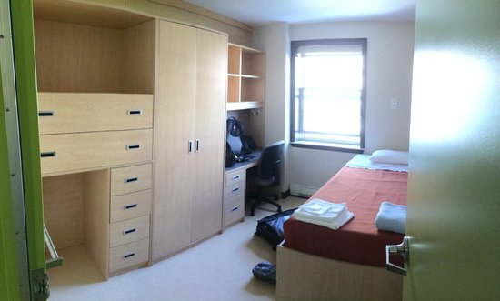 Memorial University Conferences and Summer Accommodations: Twin bedroom