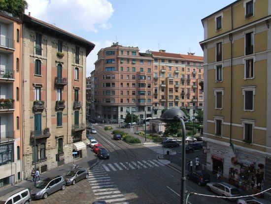 Hotel Calypso Milan : The view from the balcony of Room 22