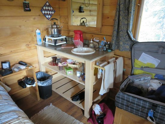 Camp Denali: Sink with propane water heater (no running water)