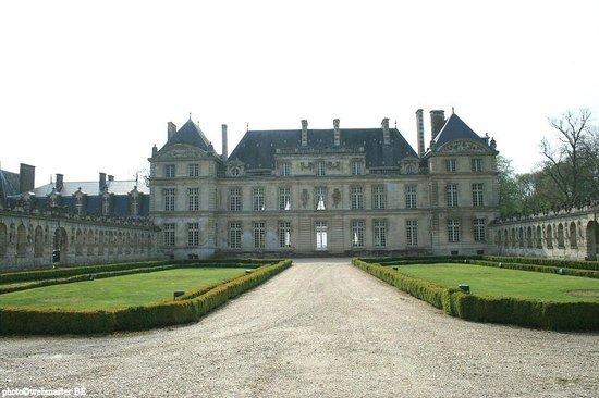 Chateau de Raray