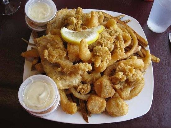 Gallaways Family Restaurant: Gallaways Restaurant - Seafood Platter - $30