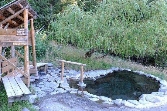 Breitenbush Hot Springs: the silent pool
