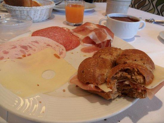 Hotel Terentnerhof: colazione