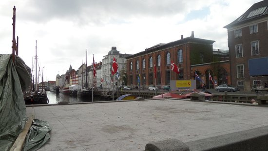 Nyhavn: Canal