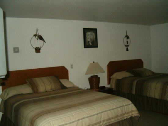 Salmon River Motel: 2 Queen bed room
