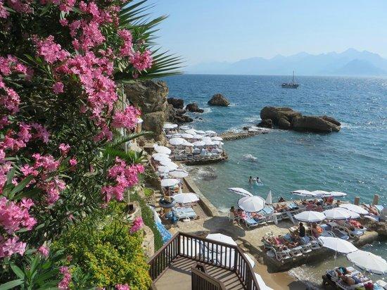 Kaucuk Hotel : Nearby beach, 5 min's walk