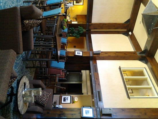 Hampton Inn & Suites Tahoe-Truckee: Dining area