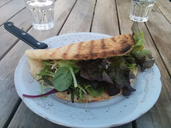 Two Beans and a Farm: Bbq pork in tortilla