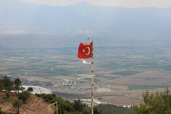 Pamukkale Hijackers : View from summit / take off point.