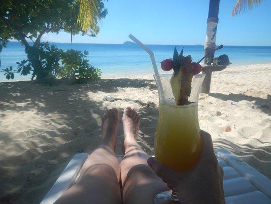 Mana Island Resort : View from the beach