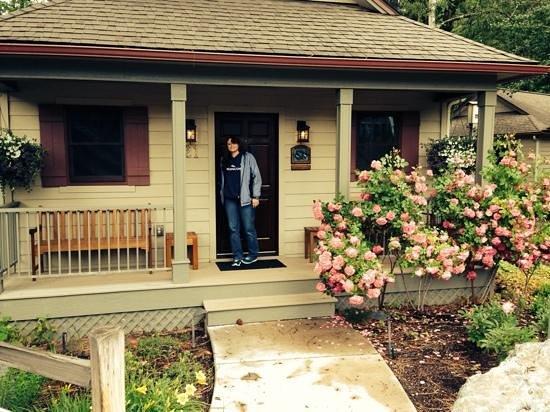 Bridge Street Cottages : cabin 21