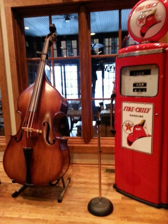 John T's BBQ : When you first come in there's a little stage