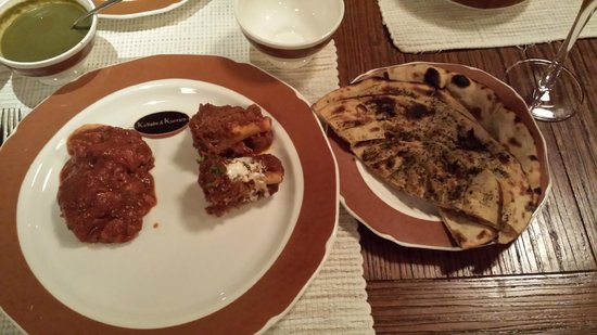 K & K : meal served with Nan and Roti